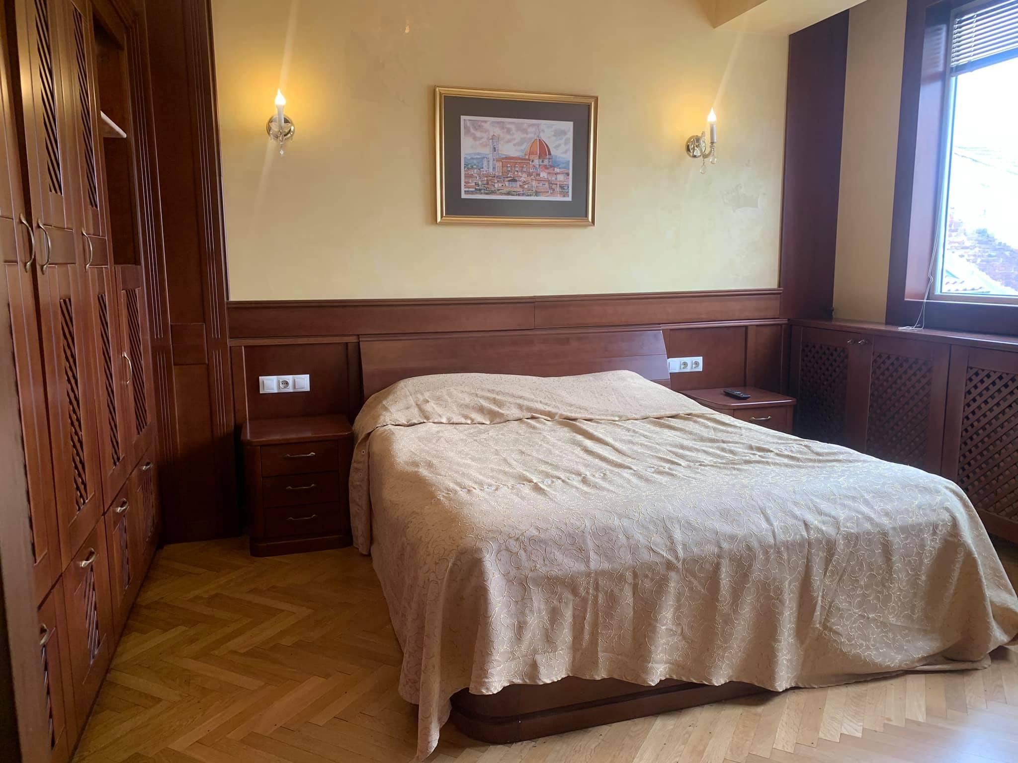 Апартамент в сърцето на София - бул. Витоша пешеходна зона