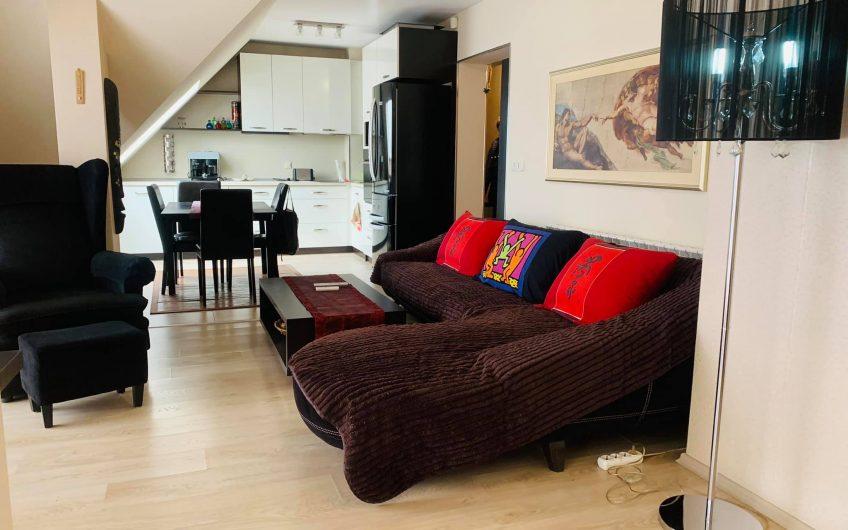 Апартамент На Последен Етаж С Много Голяма Тераса!