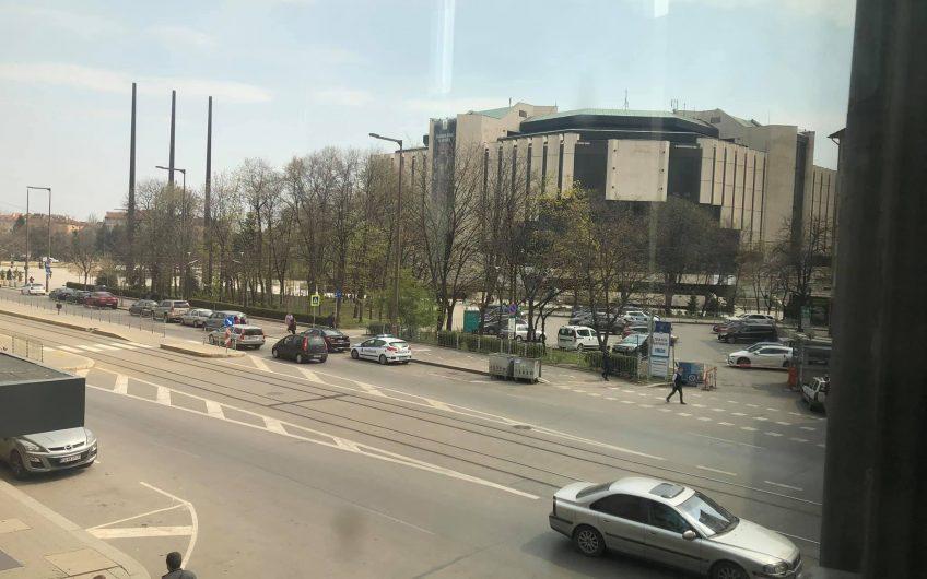 Двустаен Апартамент Срещу НДК, с балкон към бул. Витоша